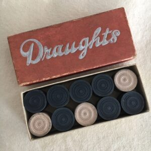Set of vintage draughts